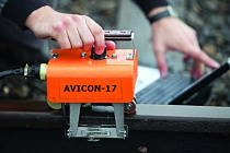 Flaw-detector AVICON-17 for detect critical defects in railheads